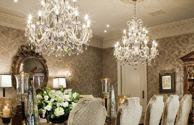 featured-chandelier-luxury-interior-photos-620x400