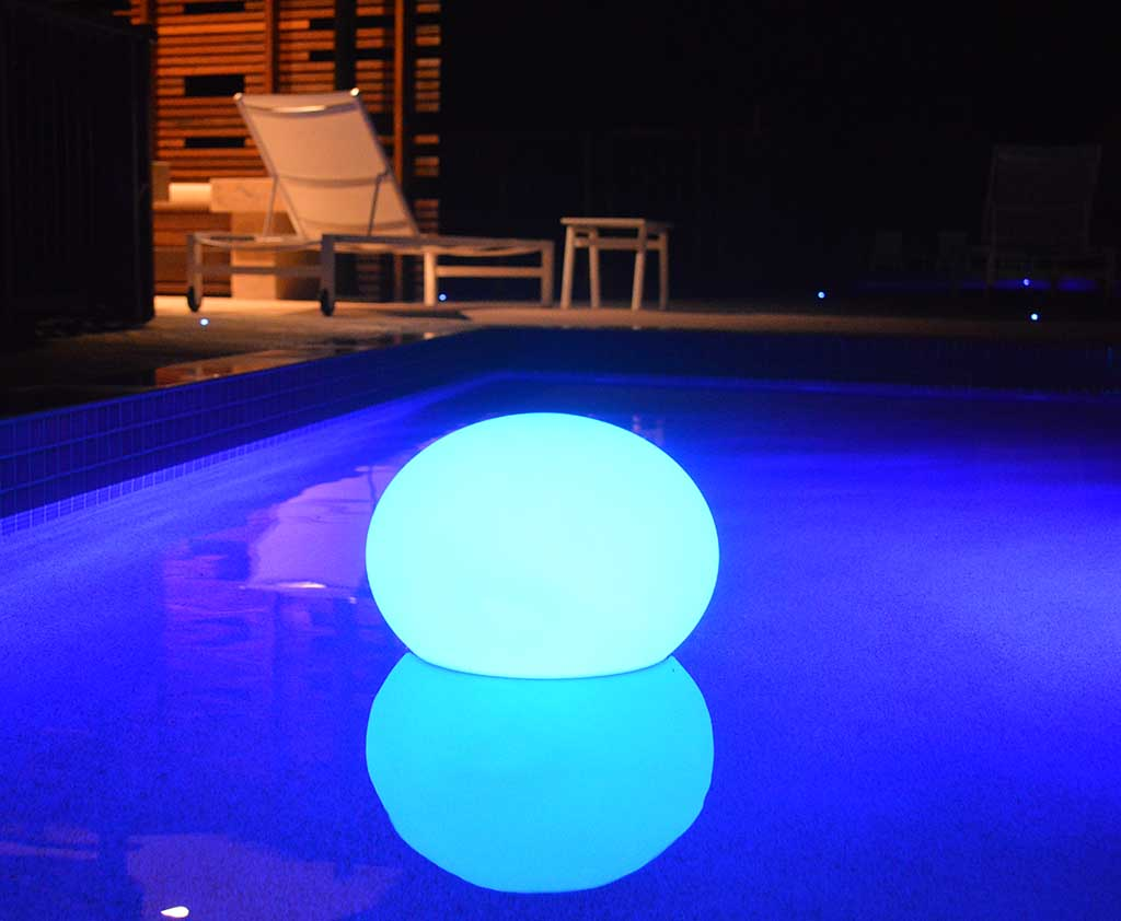 idei pentru iluminatul piscinei