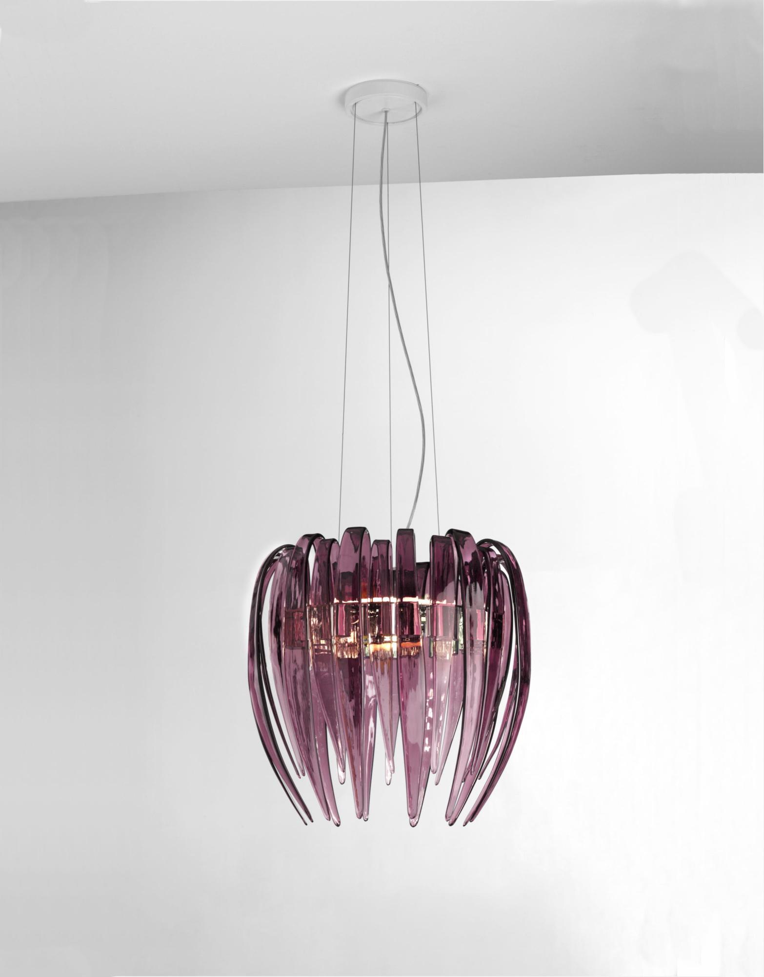 Lustra Dracena violet